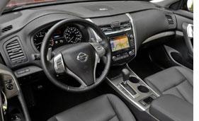 2103-Nissan-Altima-V6-Interior