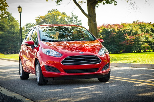 2014 Ford Fiesta with the Award-Winning 1.0-Liter EcoBoost Engin