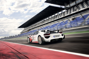 2015+Porsche+918+Spyder+-+Weissach+Package+_4_