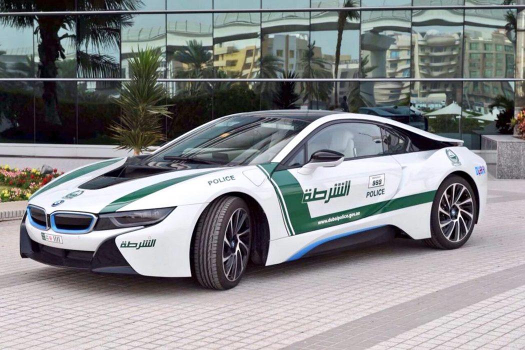 world 39 s fastest police cars road test reviews. Black Bedroom Furniture Sets. Home Design Ideas