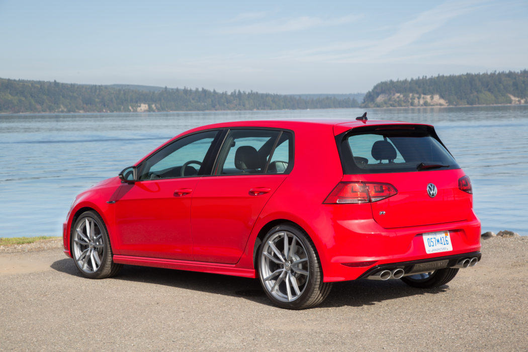 2017 Golf R Tested - Road Test Reviews