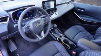 2020 Toyota Corolla XSE Interior