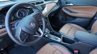 2020 Buick Encore GX Essence Interior