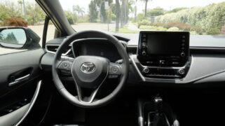 2021 Toyota Corolla Hatchback XSE manual