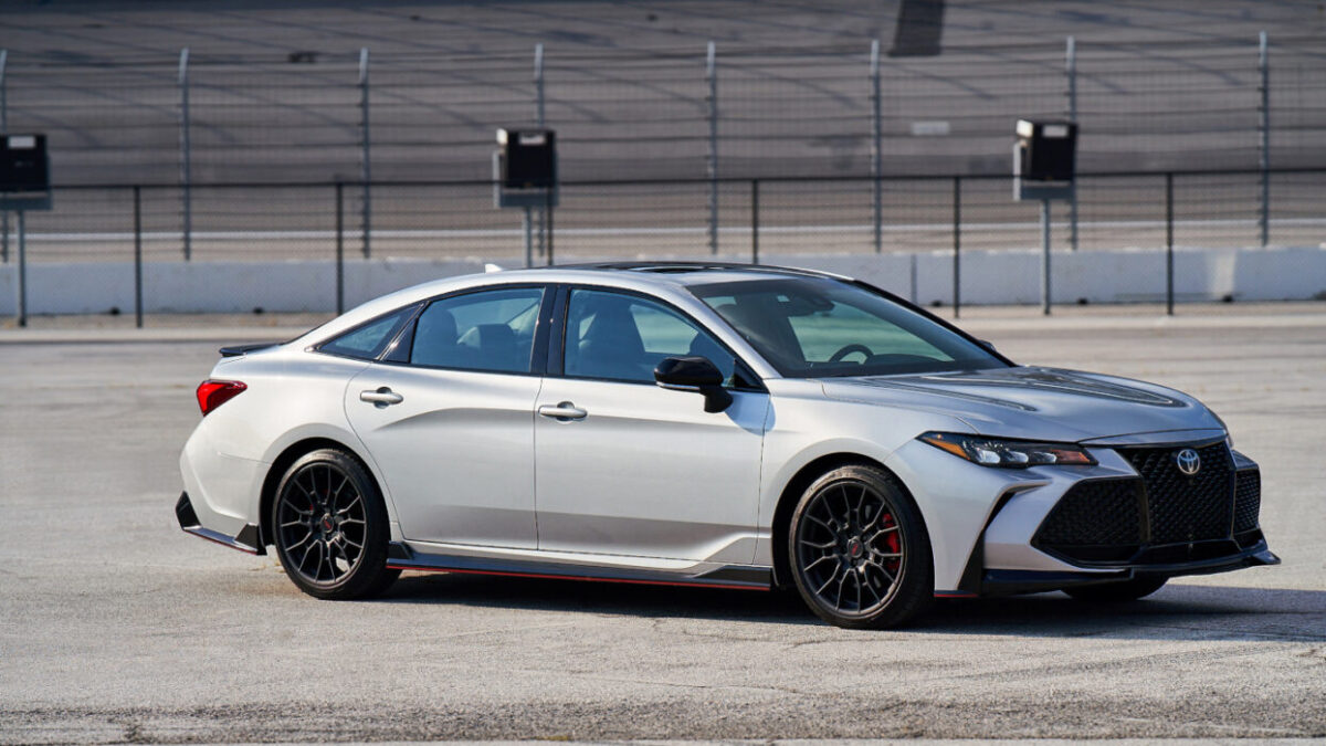 2021 Toyota Avalon TRD Review An odd choice that actually works