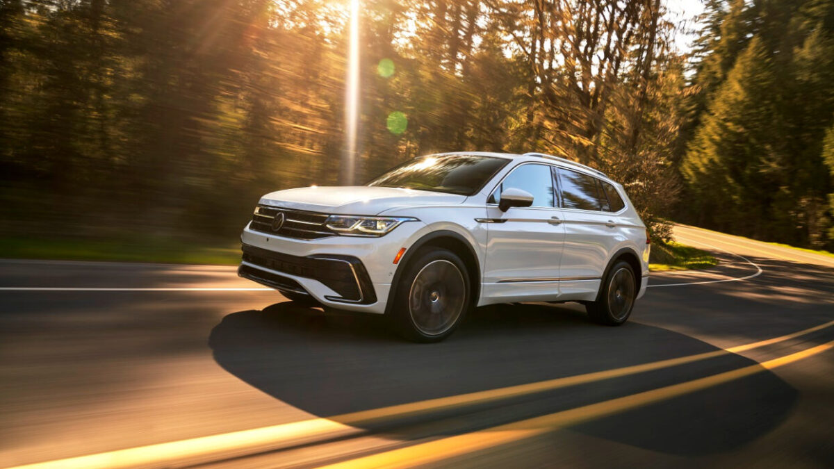 2022 Volkswagen Tiguan SEL Premium R-Line 4Motion Review – Moving upscale, better looking and more tech