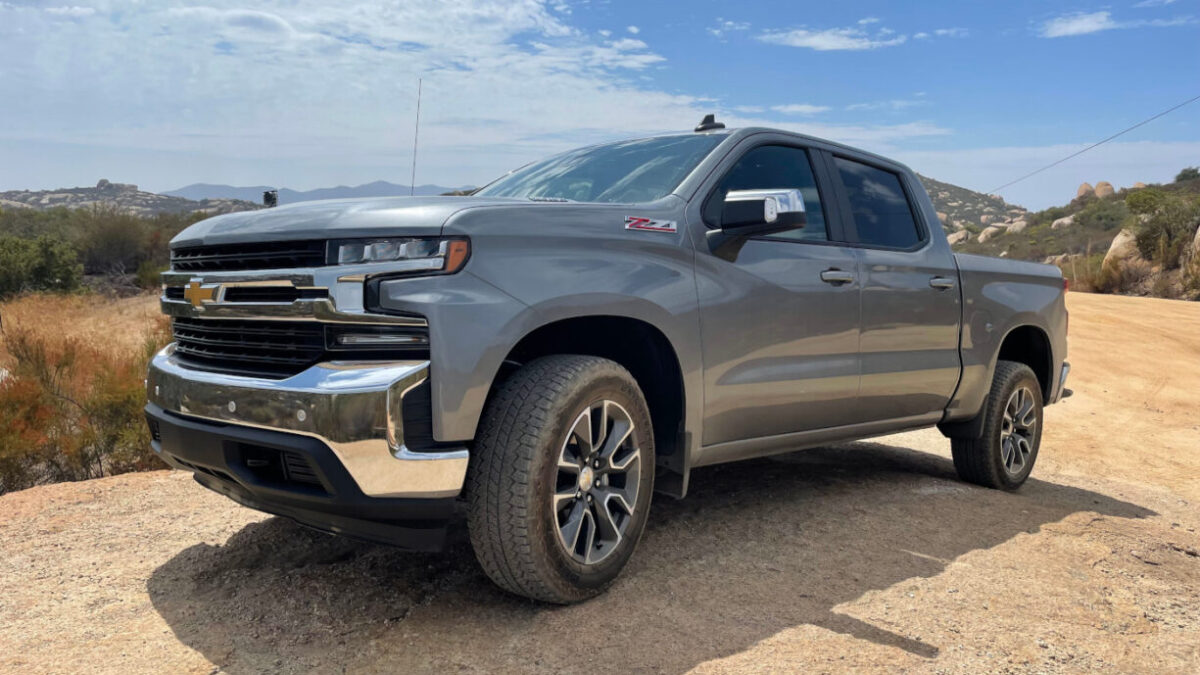 2021 Chevrolet Silverado 1500 Z71 Duramax Review – The diesel is the only engine you should get!